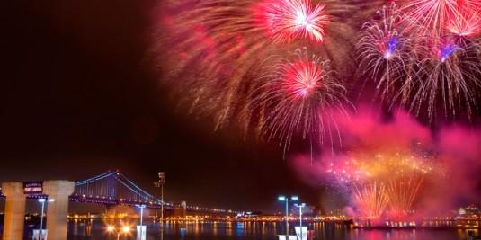 fireworks-river-penns-landing-1000VP-976x488